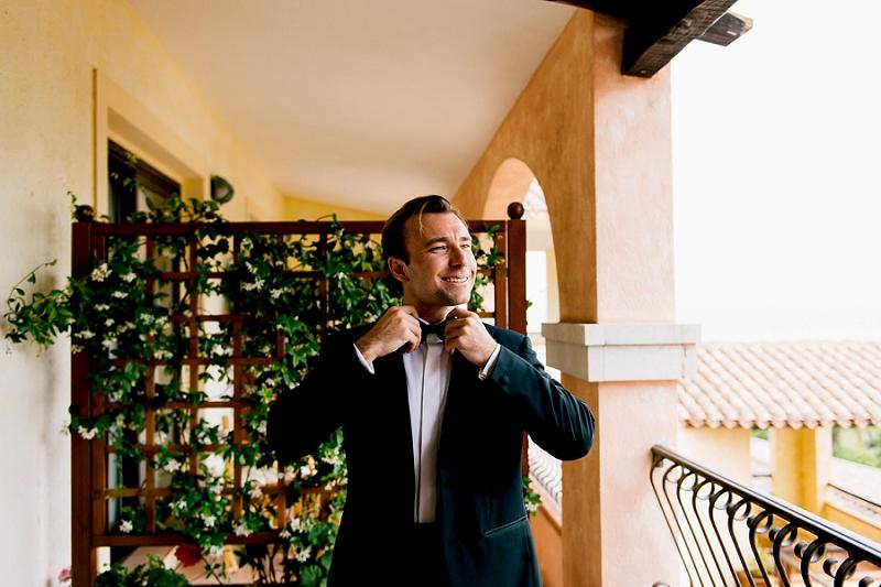 021-fotografo-matrimonio-hotel-abi-d-oru-preparativi-sposo